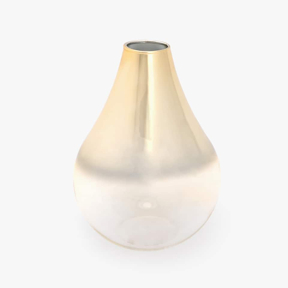 GOLD HUE GLASS VASE