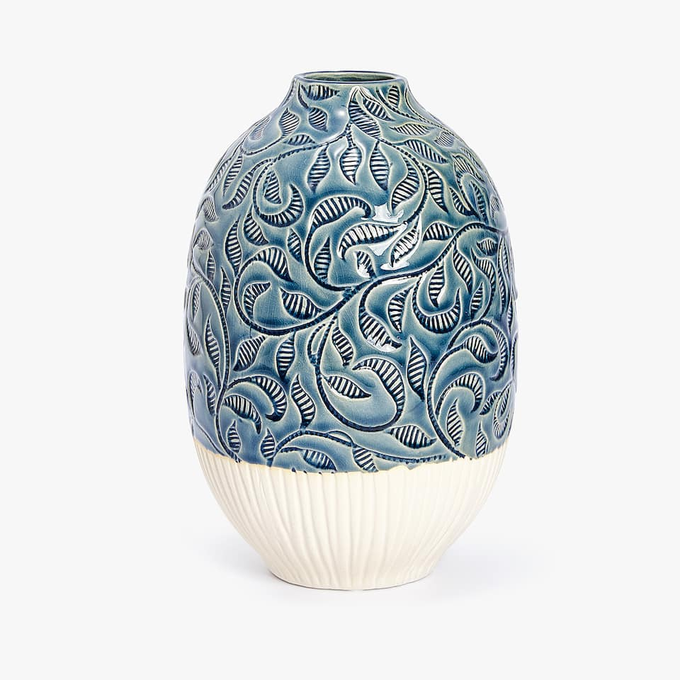ENGRAVED CERAMIC VASE