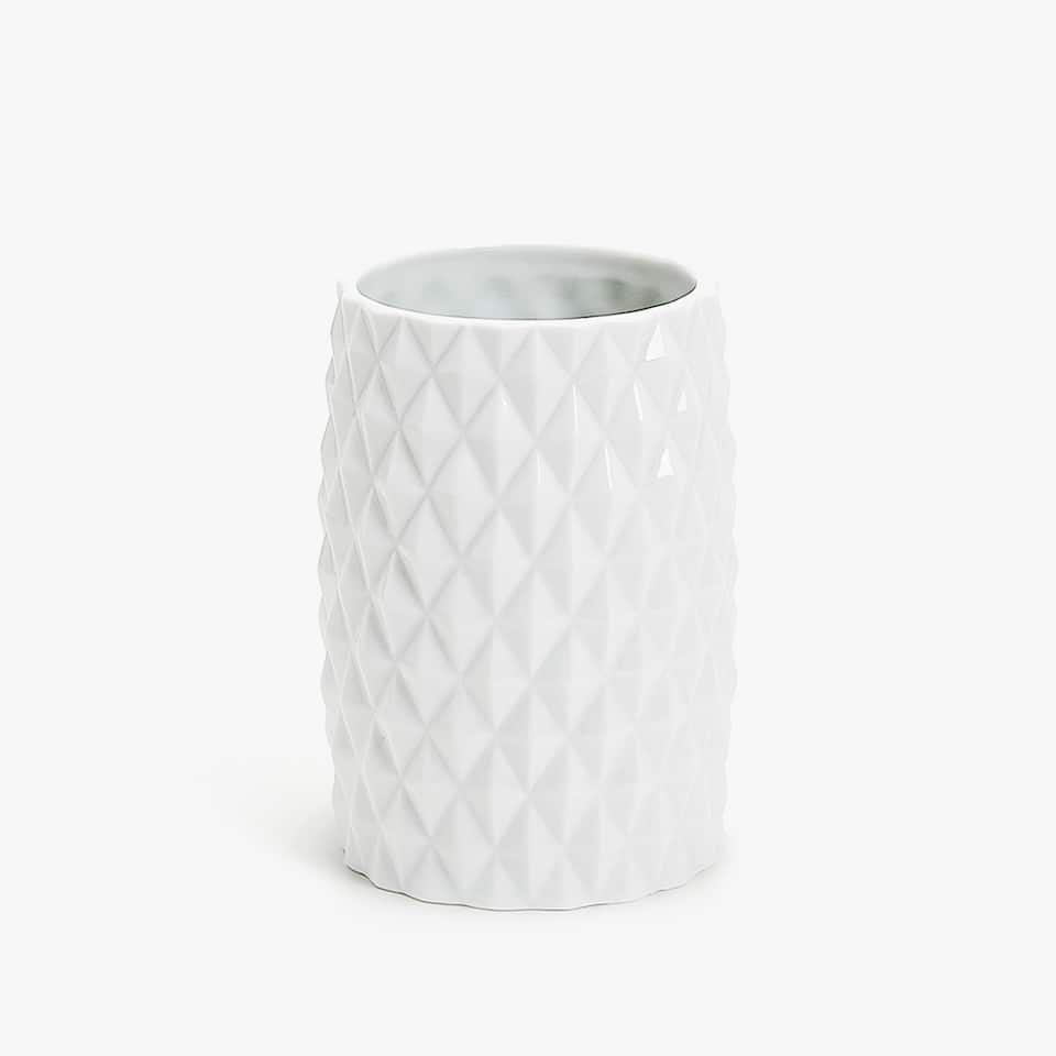RAISED GEOMETRIC DESIGN CERAMIC TUMBLER