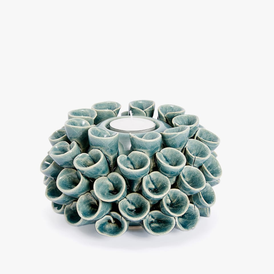 Marine life-shaped tealight holder