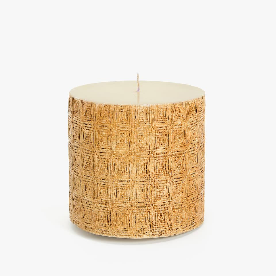 CYLINDRICAL CANDLE WITH RAISED GEOMETRIC DESIGN