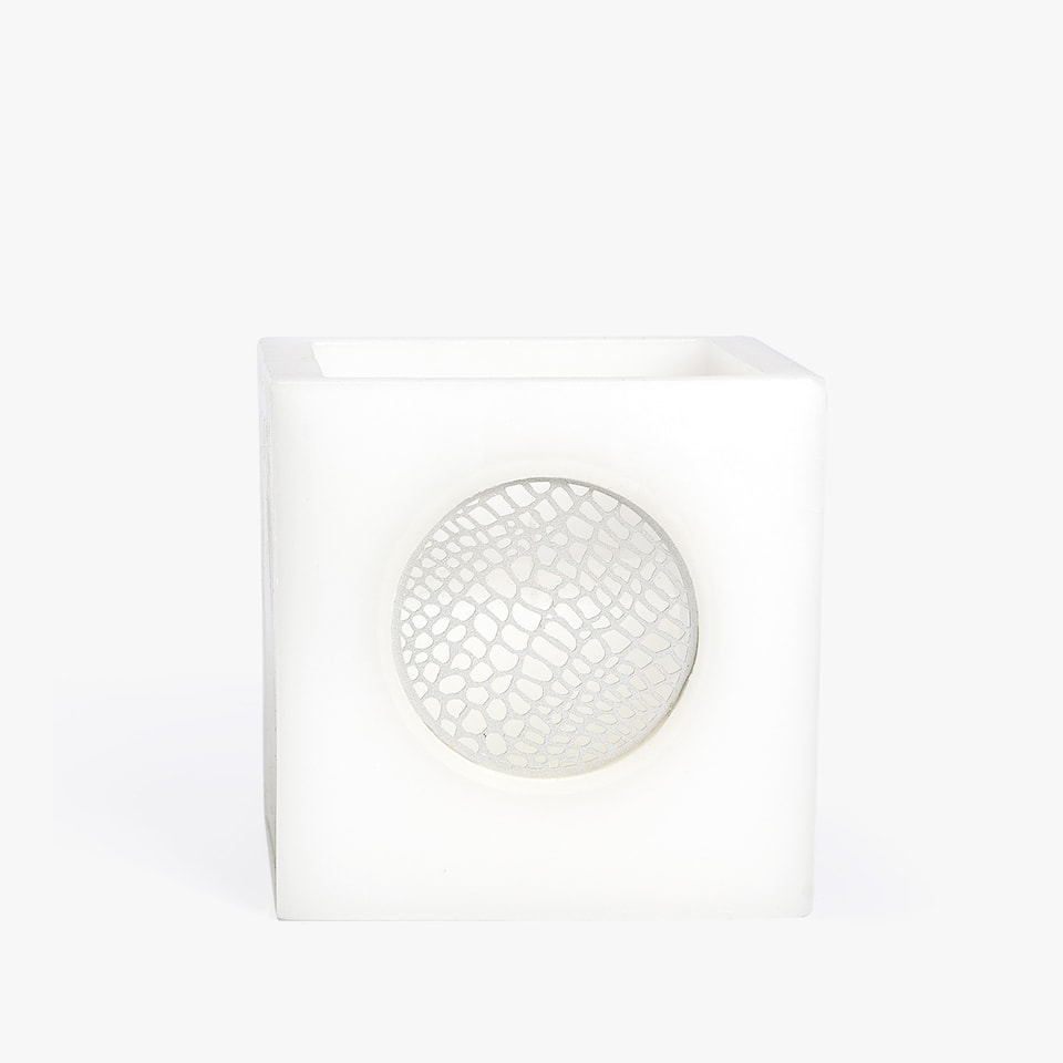 SQUARE CANDLE HOLDER WITH CENTRAL DETAIL