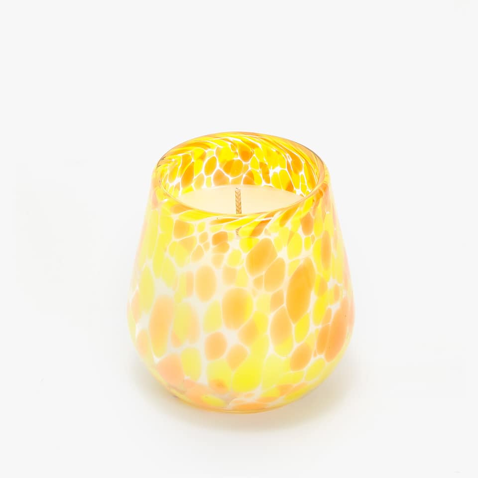 ROUND CANDLE WITH IRREGULAR DOTS HOLDER