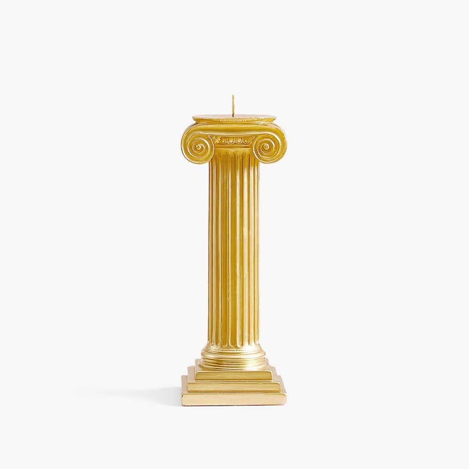 Golden column candle