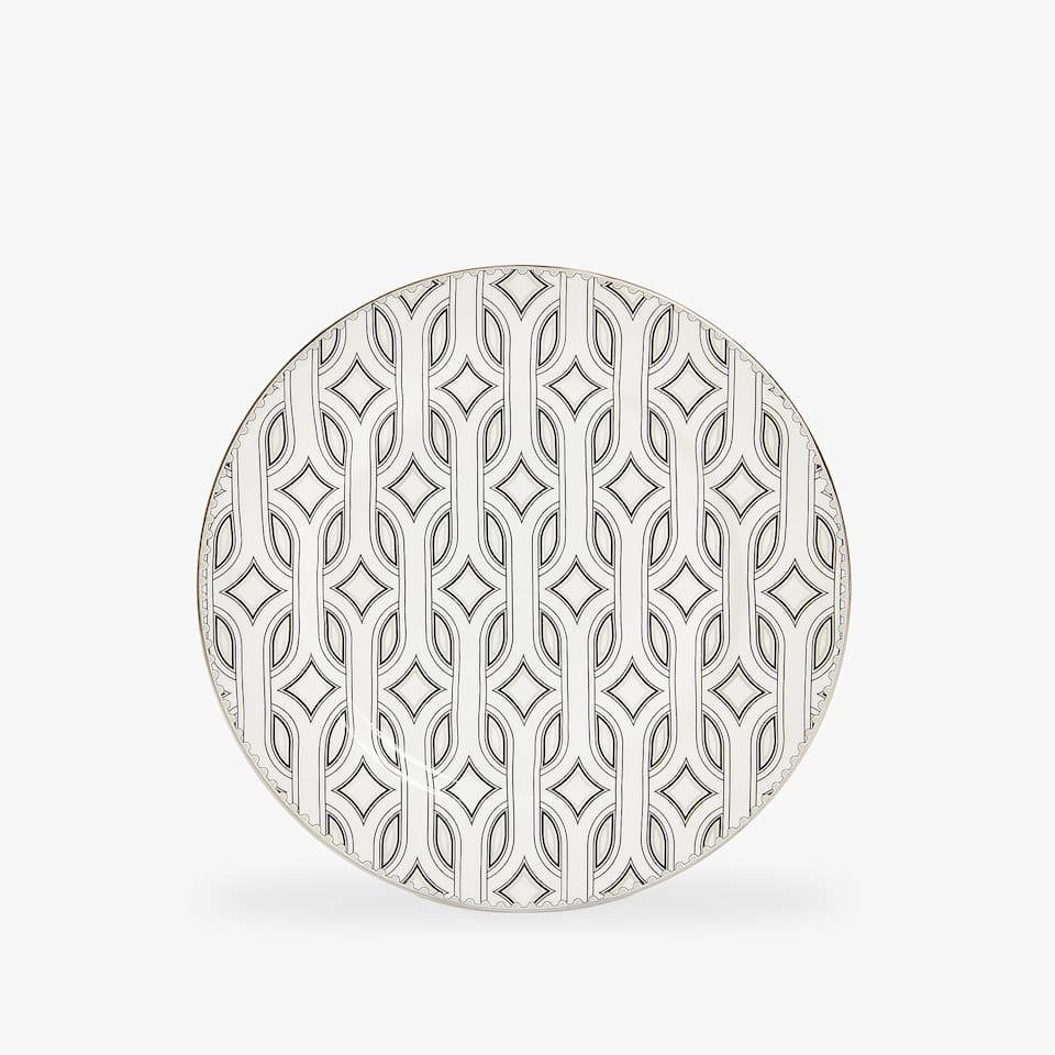 PORCELAIN DESSERT PLATE WITH RAISED OPTICAL-EFFECT DESIGN