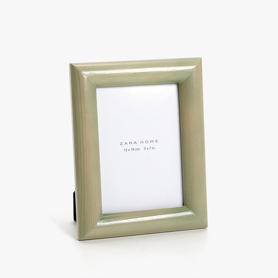 GREENISH BAMBOO FRAME