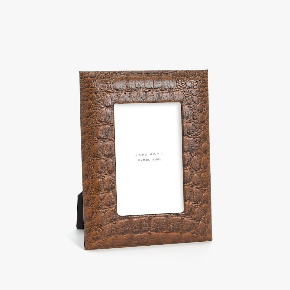 BROWN LEATHER FRAME WITH MOCK CROC EFFECT