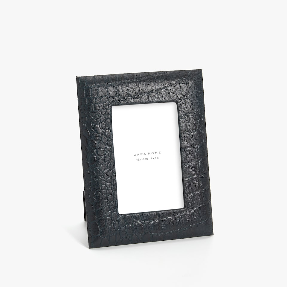 BLUE MOCK CROC EFFECT LEATHER FRAME