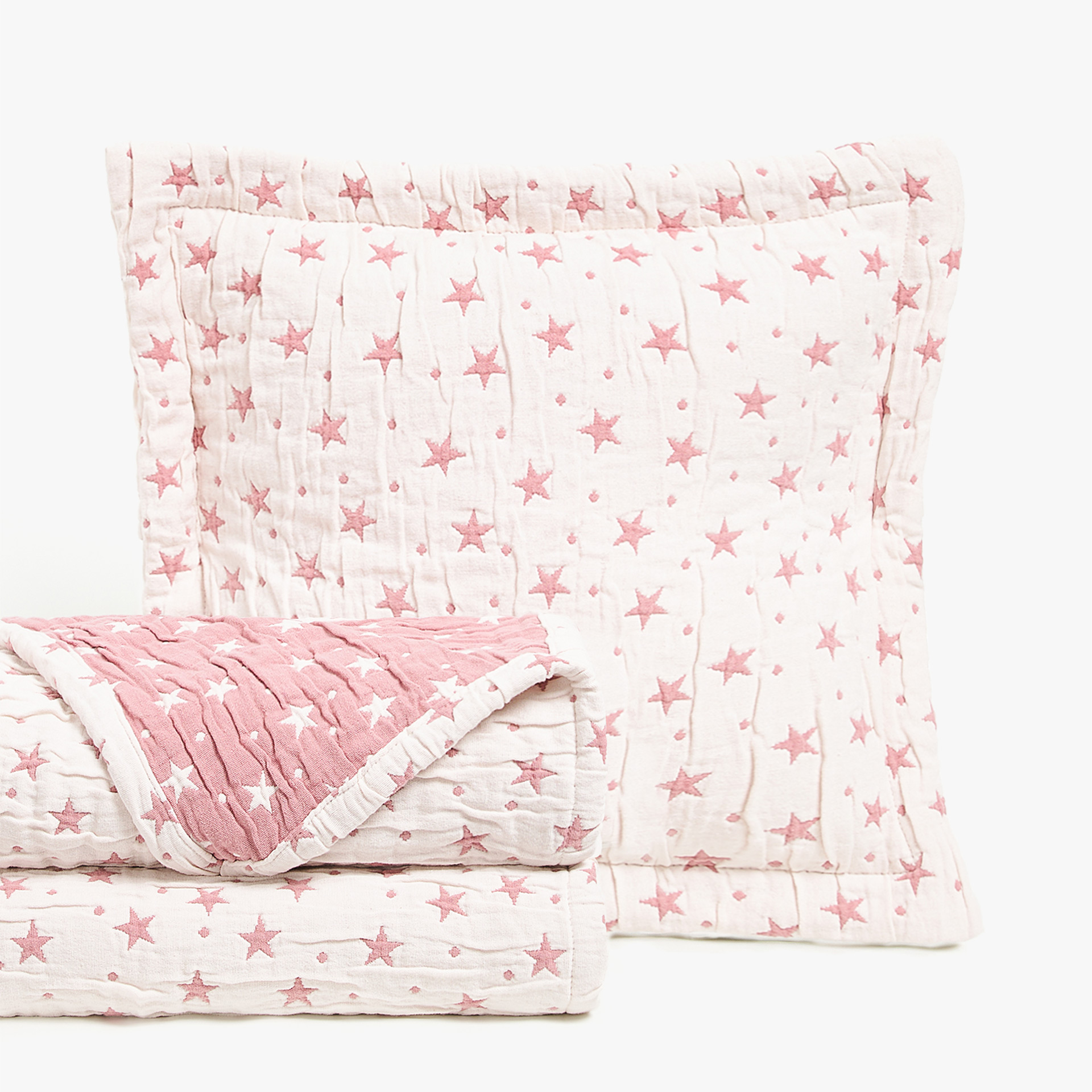 CONTRASTING STARS AND POLKA DOTS COTTON BEDSPREAD