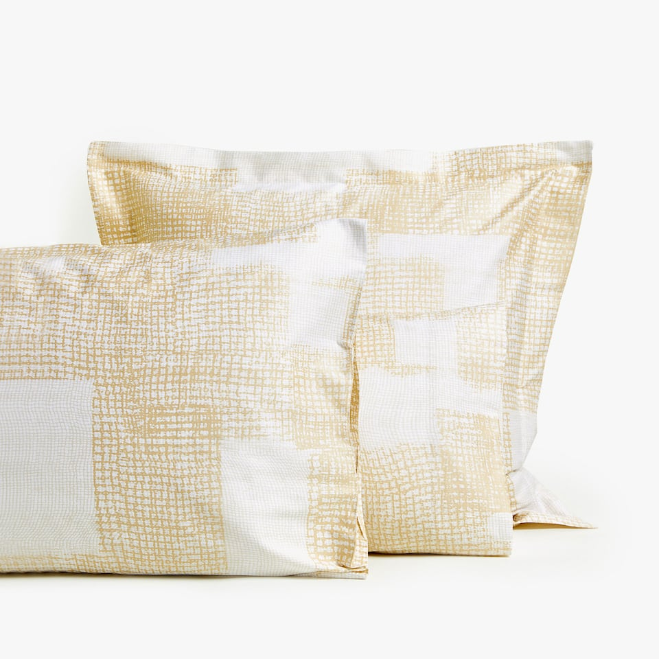 METALLIC PRINT PILLOWCASE
