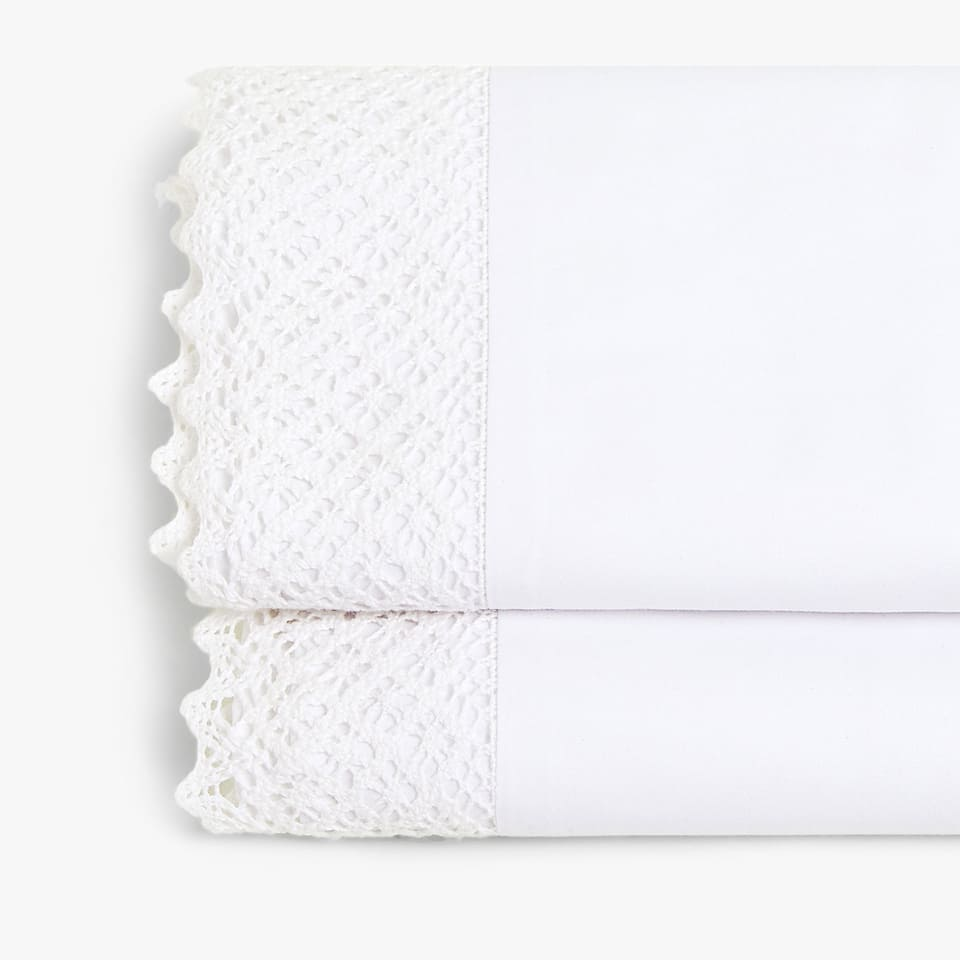 EMBROIDERED LACE TRIM FLAT SHEET