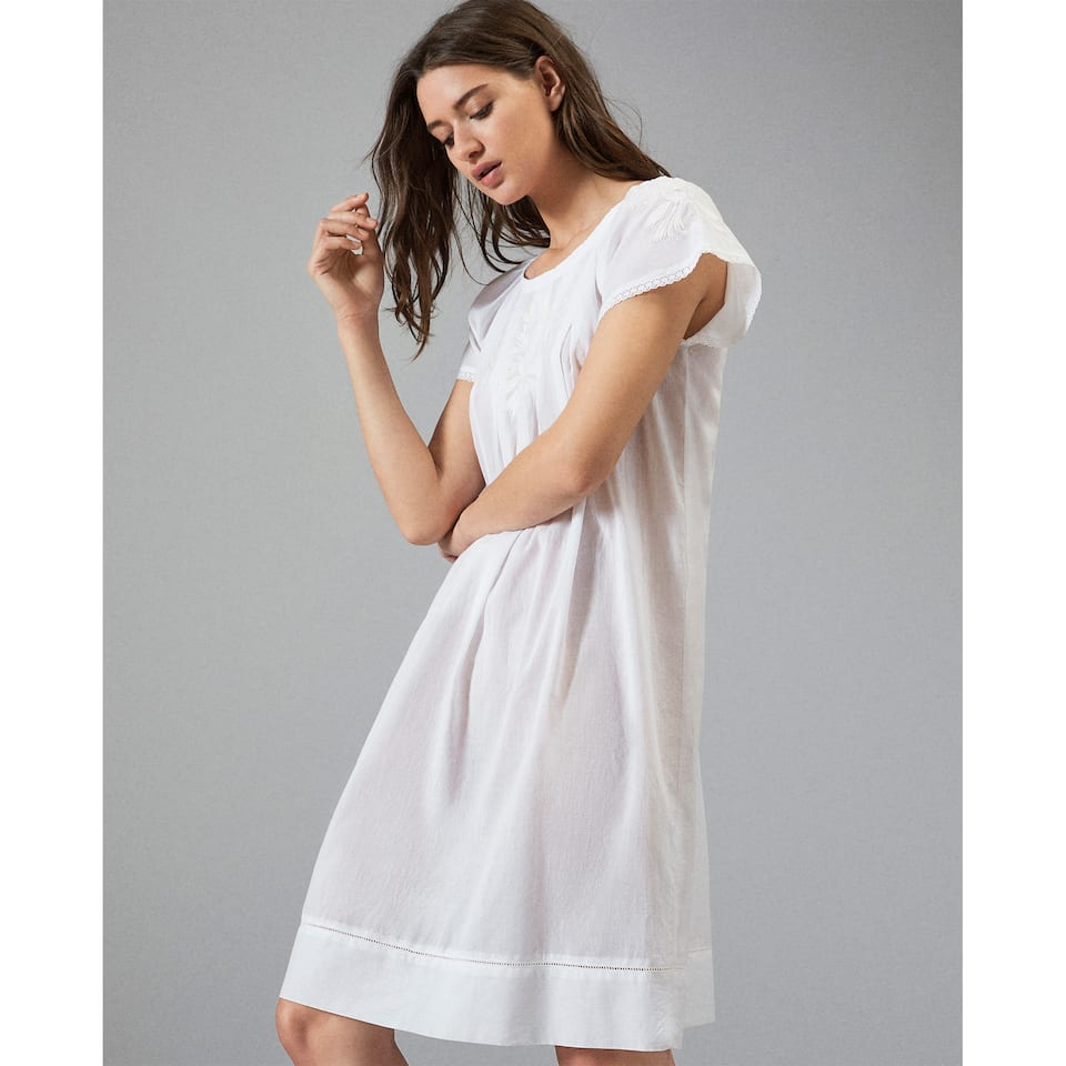 NIGHTGOWN WITH EMBROIDERED DETAILS