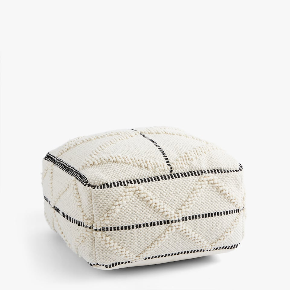 SQUARE WOOL POUFFE WITH GEOMETRIC DETAIL
