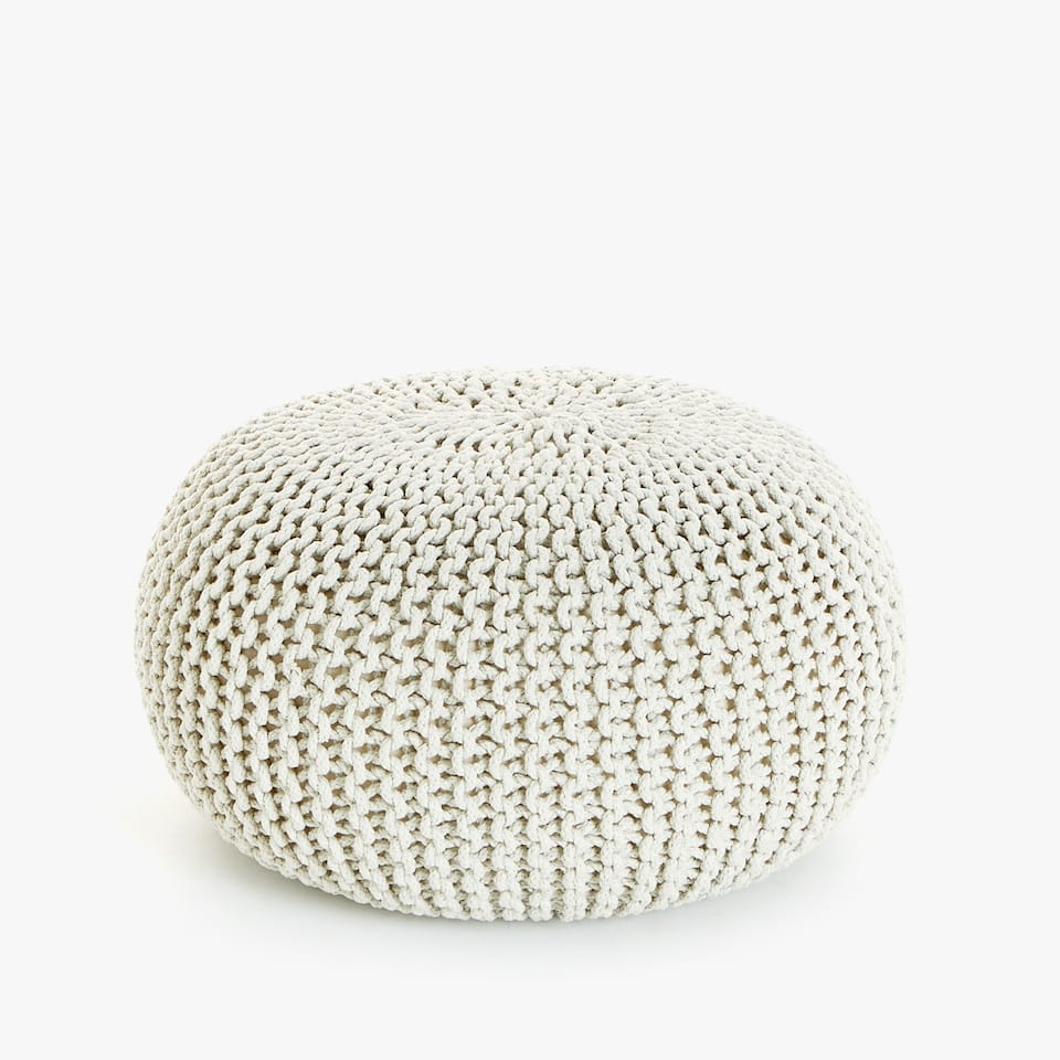 ROUND PLAITED COTTON POUFFE