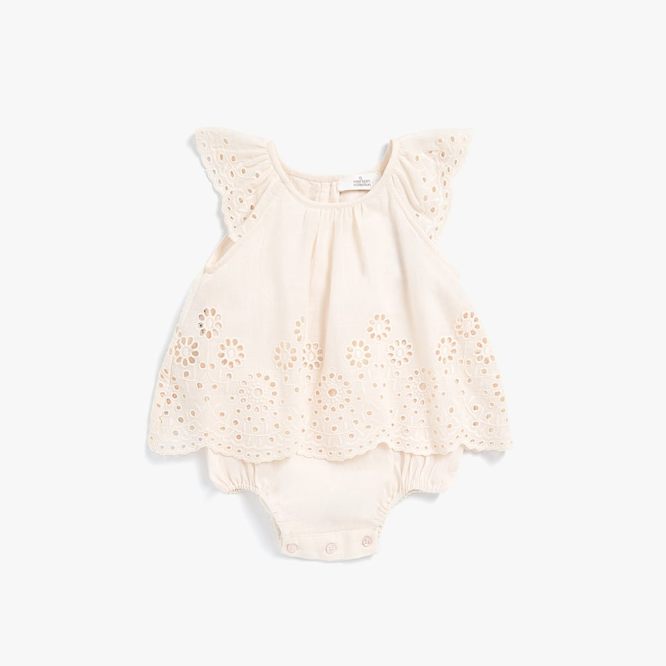 SLEEVELESS EMBROIDERED ROMPER SUIT