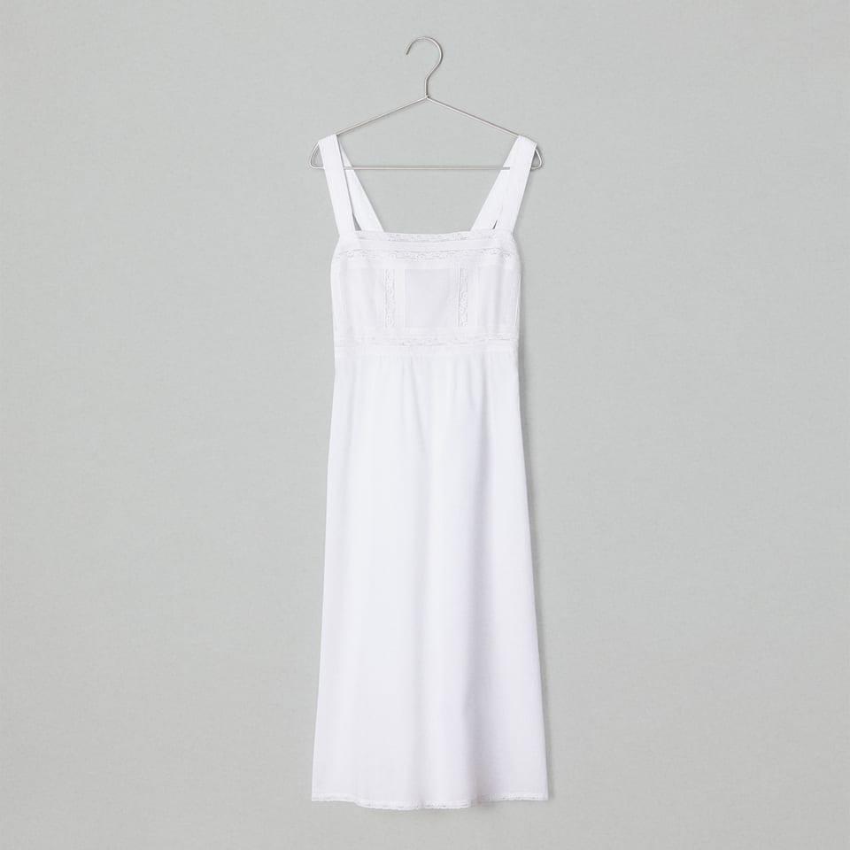 LACE-TRIMMED NIGHTGOWN WITH STRAPS