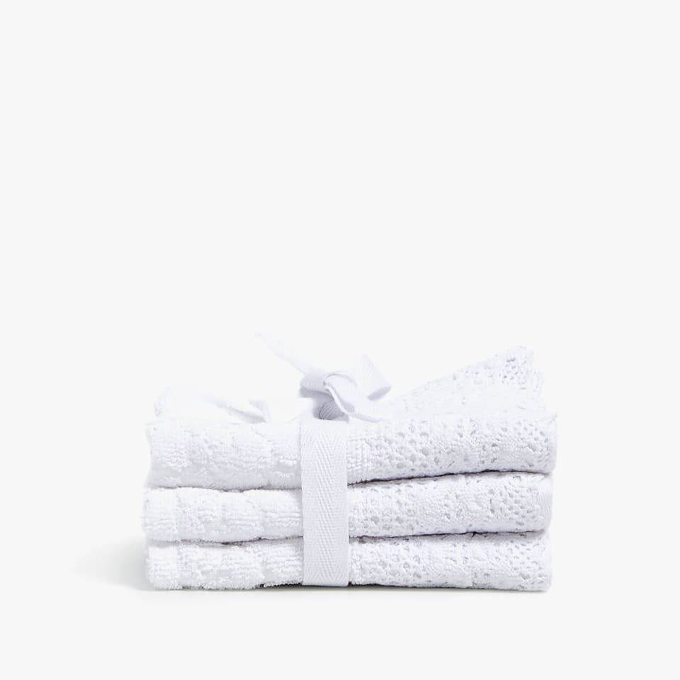 JACQUARD TOWEL WITH LACE TRIM (SET OF 3)