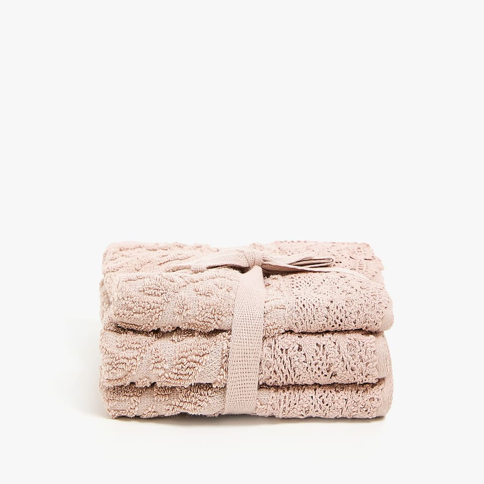 TOWEL WITH LACE TRIM BORDER (SET OF 3)