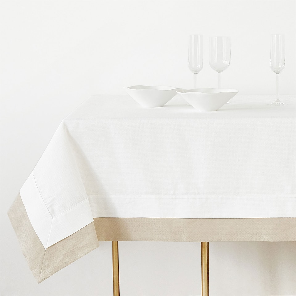 DOUBLE LAYER TEXTURED COTTON AND LINEN TABLECLOTH