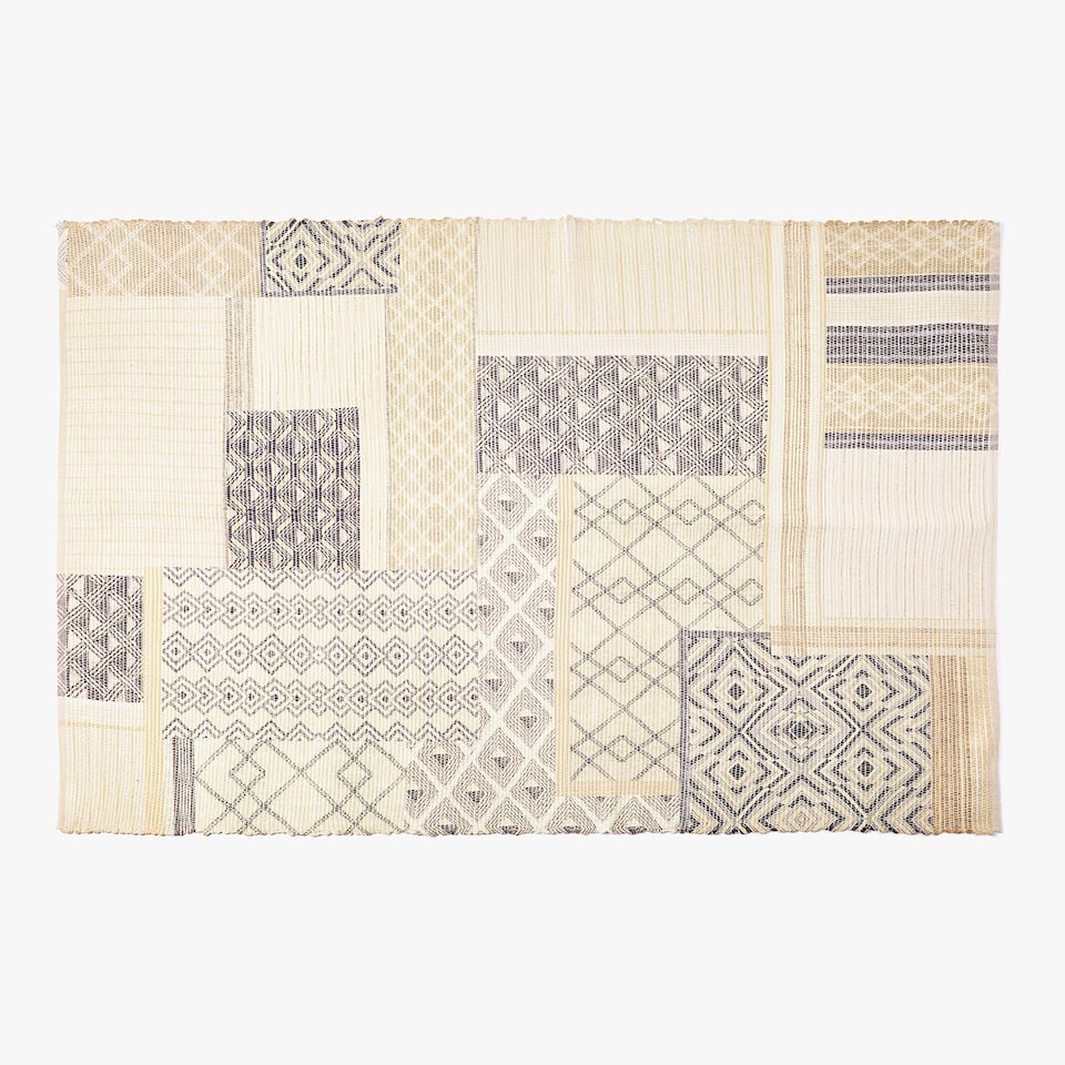 TAPPETO CON STAMPA PATCHWORK