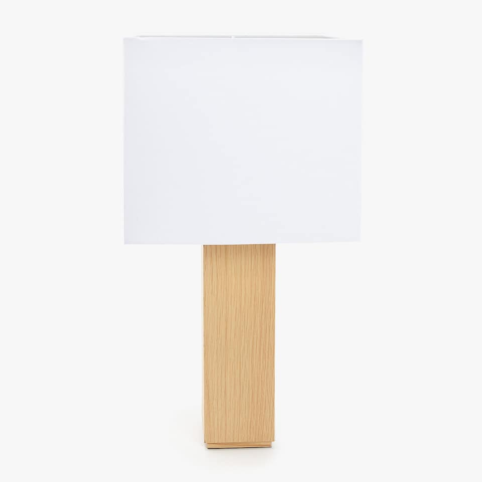 WOODEN LAMP WITH SQUARE SHADE