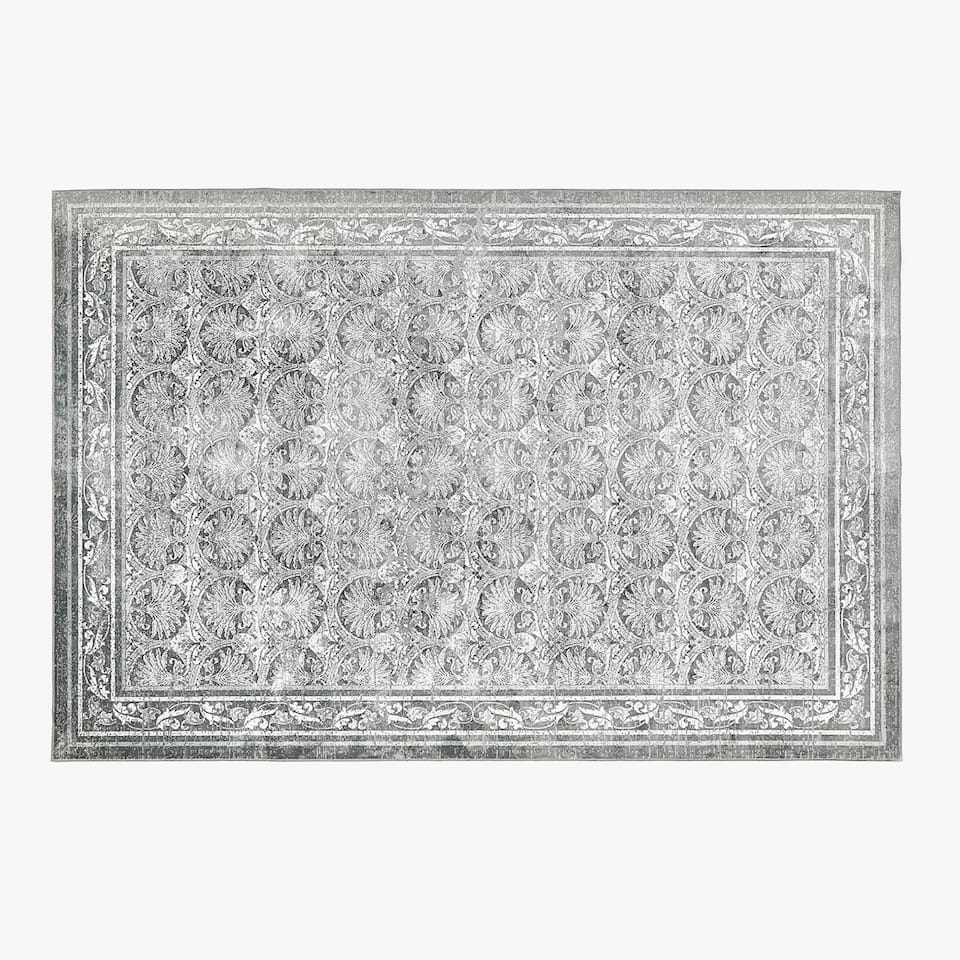 JACQUARD RUG WITH LEAF PATTERN