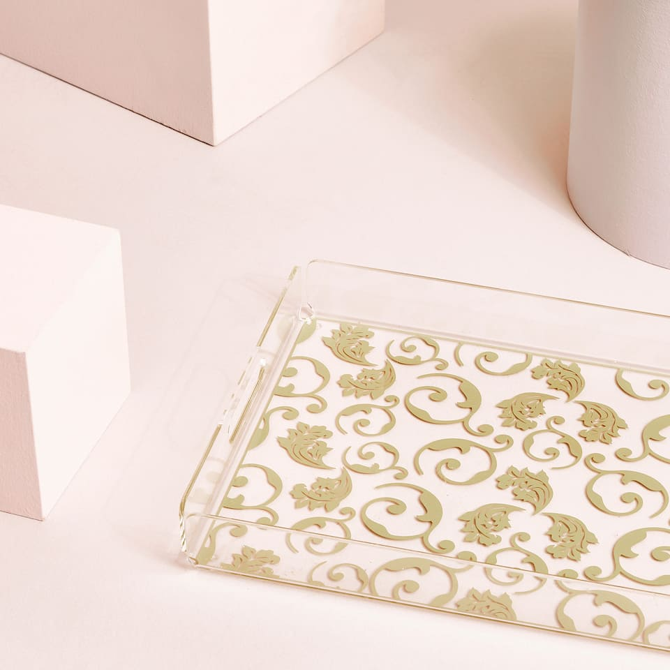 TRANSPARENT TRAY WITH GOLDEN PRINT