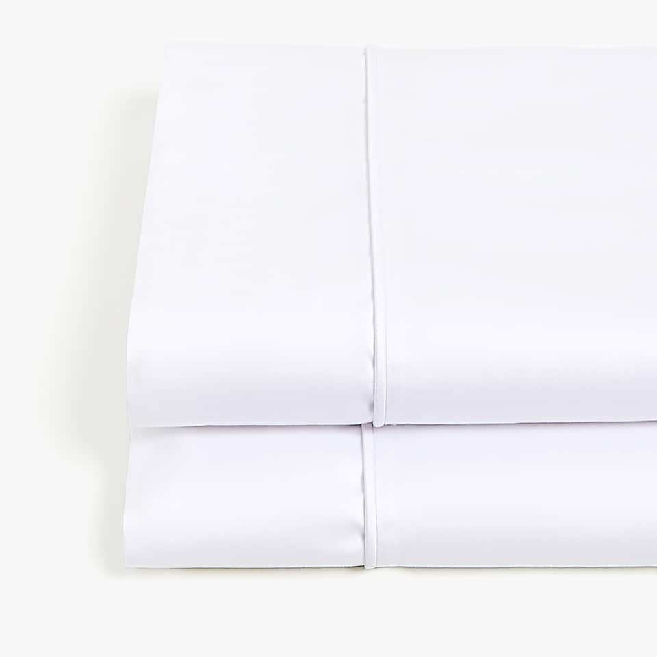WHITE SATEEN TOP SHEET WITH PIPING