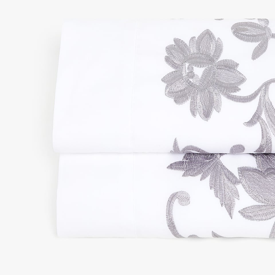 POSITIONAL FLORAL EMBROIDERY FLAT SHEET