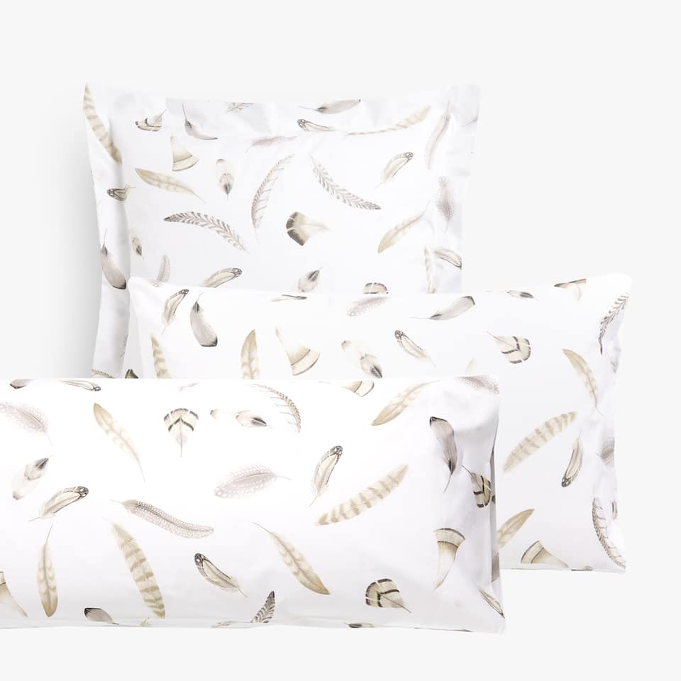 FEATHERS PRINT PILLOWCASE