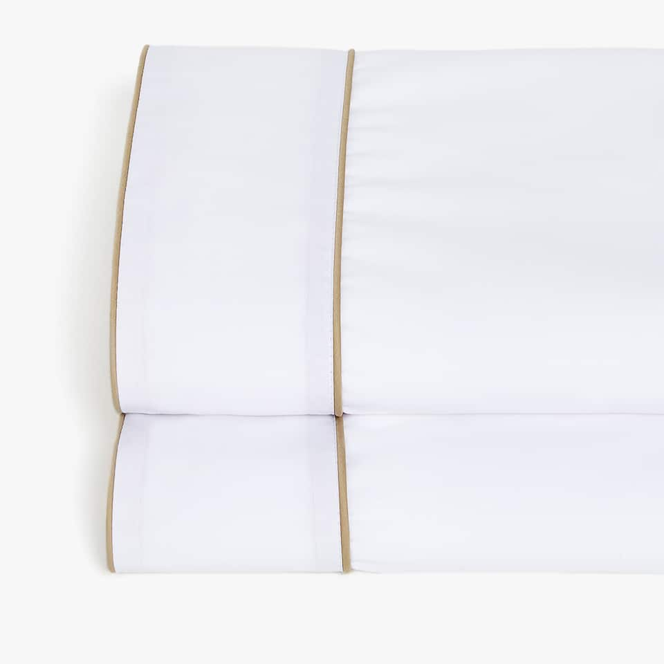 FLAT SHEET WITH CONTRASTING SATEEN BAND