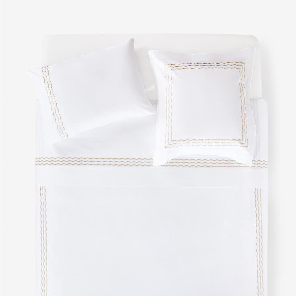 SCALLOPED EDGE DUVET COVER