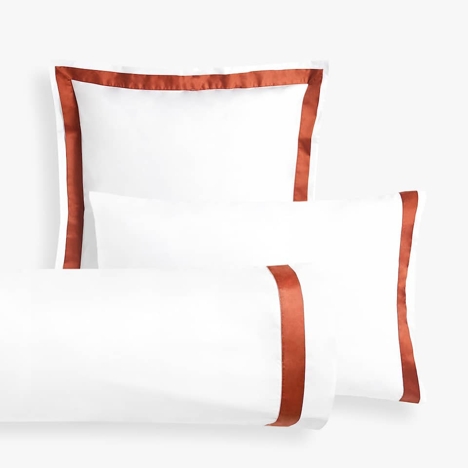 PILLOW CASE WITH CONTRASTING SATEEN BAND