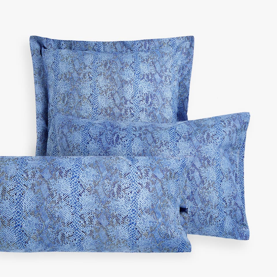 SNAKESKIN-EFFECT PRINT PILLOWCASE