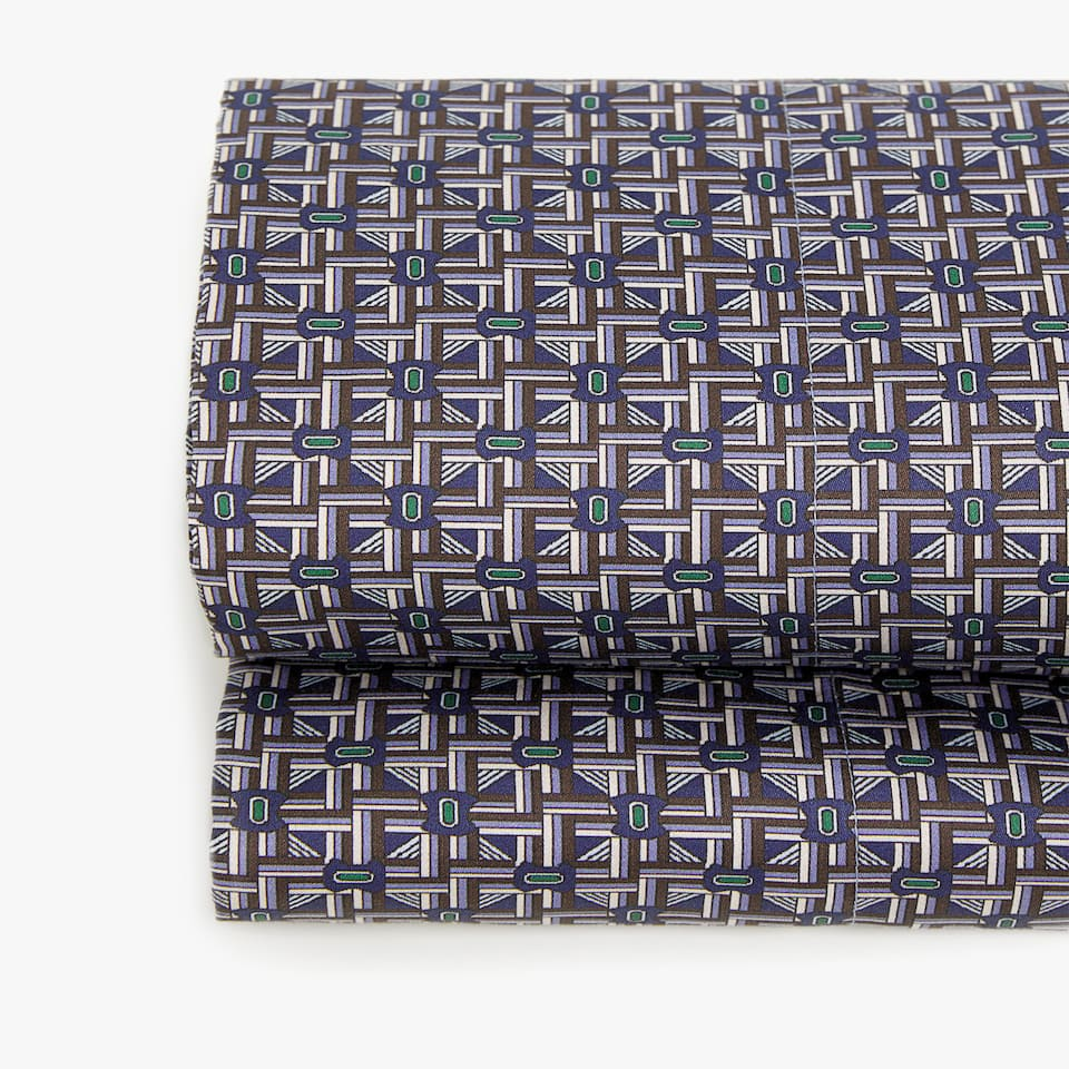 SATEEN FLAT SHEET WITH PRINTED PATTERN