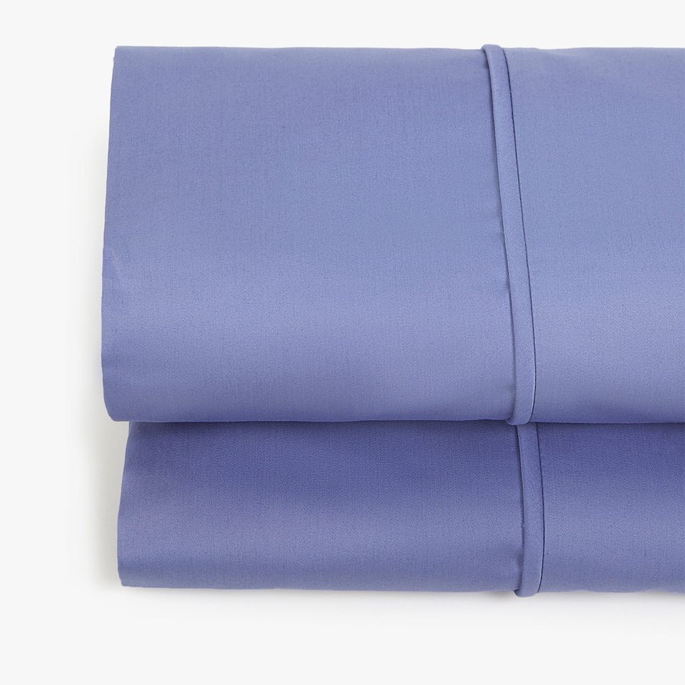 DEEP BLUE SATEEN FLAT SHEET WITH PIPING