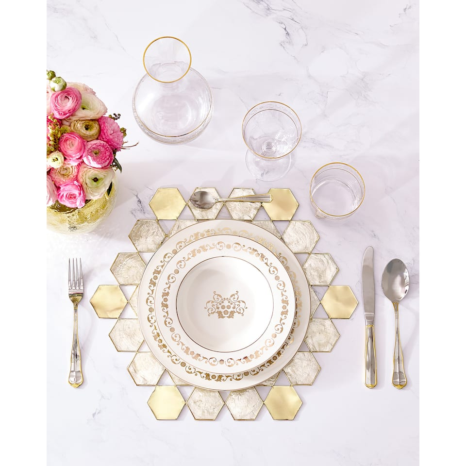 Mother-of-pearl-effect placemat