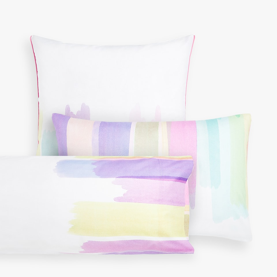 PAINTBRUSH-EFFECT PILLOWCASE