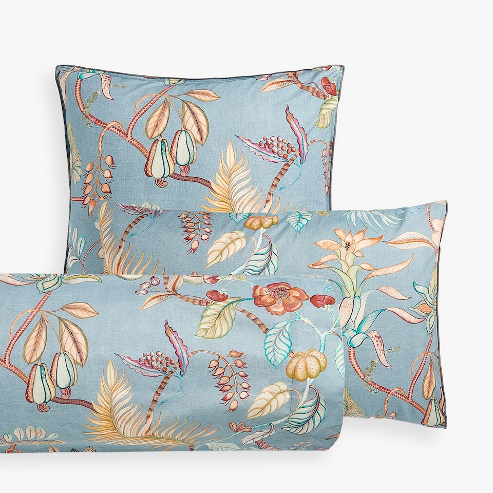 BRANCHES AND FLOWERS PILLOW CASE