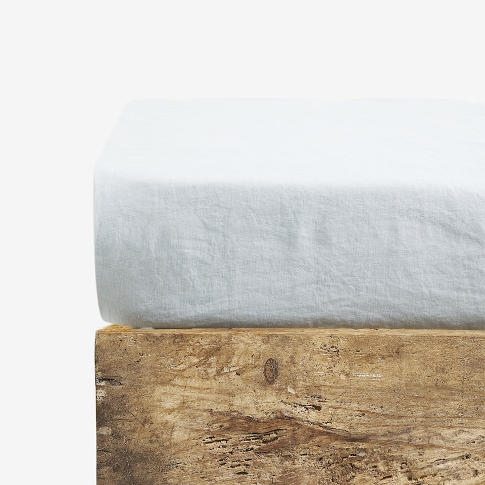 WASHED LINEN FITTED SHEET