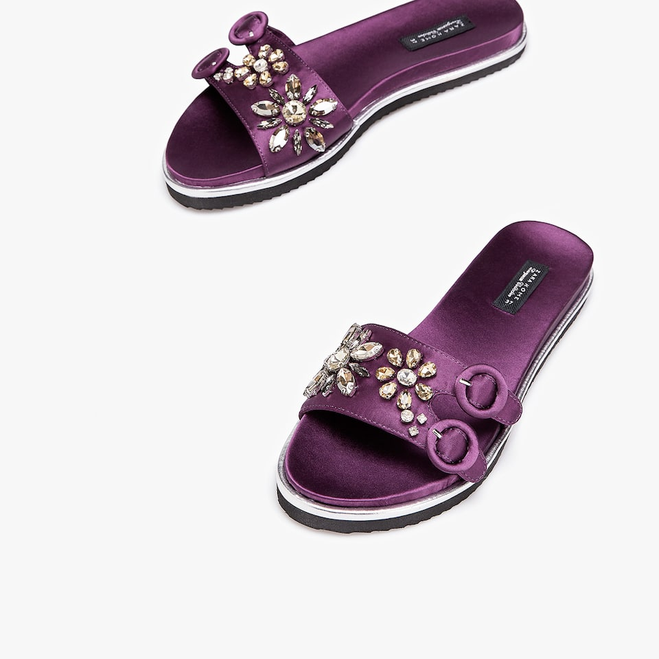 BEJEWELLED SLIDES WITH BUCKLES