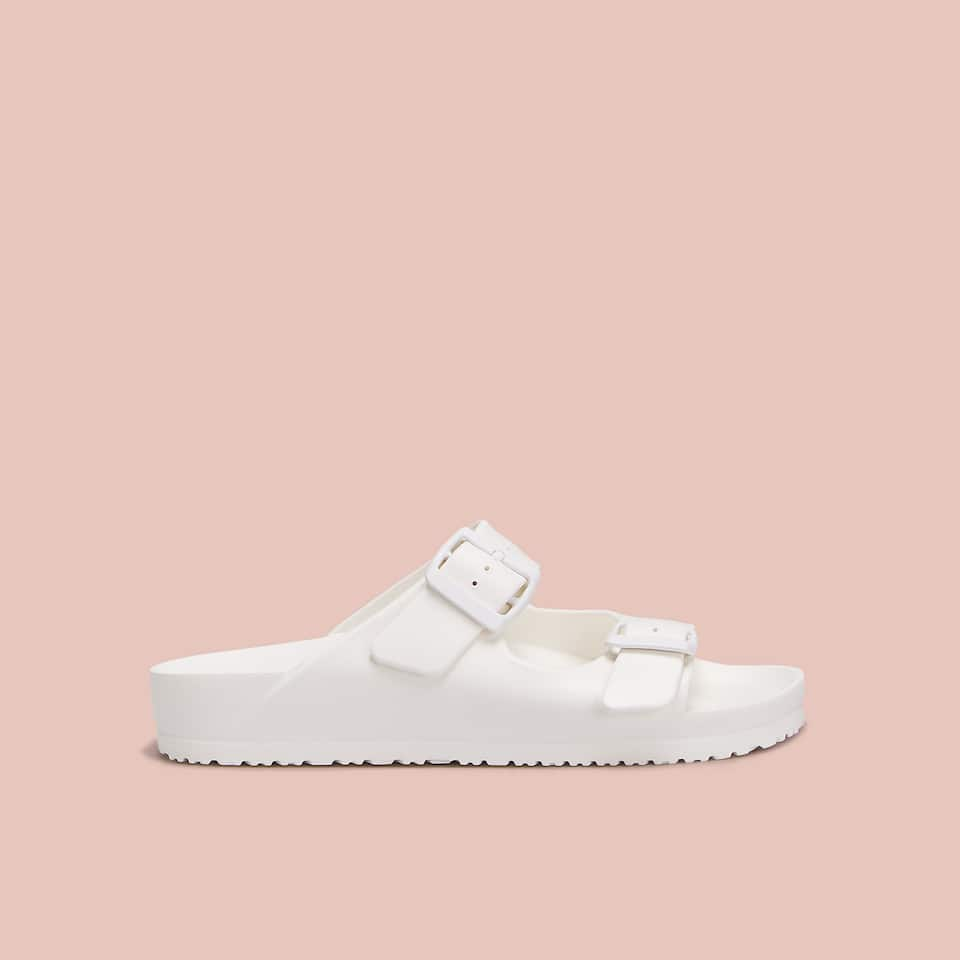 TWO-BUCKLE POOL SANDALS
