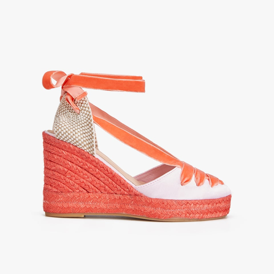 ORANGE SATEEN WEDGES