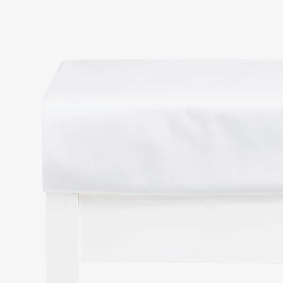 Basic Cotton Percale Fitted Sheet (mattresses of up to 28 cm thick)