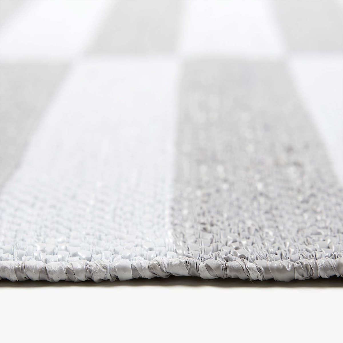 Zara Home Teppich teppich mit grauen und weissen streifen für drinnen und draussen