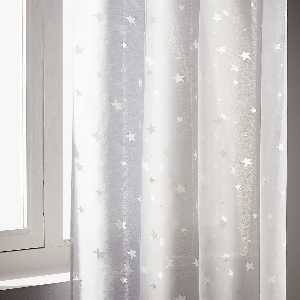 BURN-OUTSTAR PATTERN CURTAIN