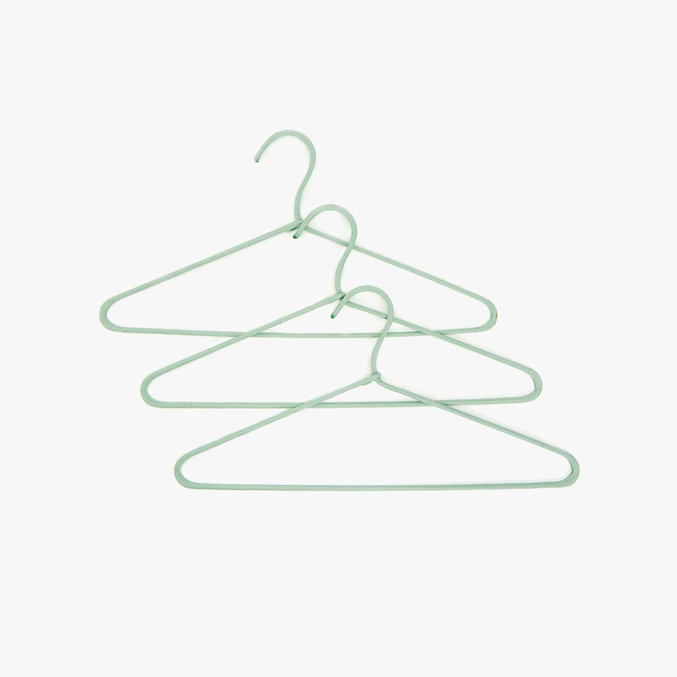 GREEN HANGER WITH RAISED CORD DETAIL (SET OF 3)