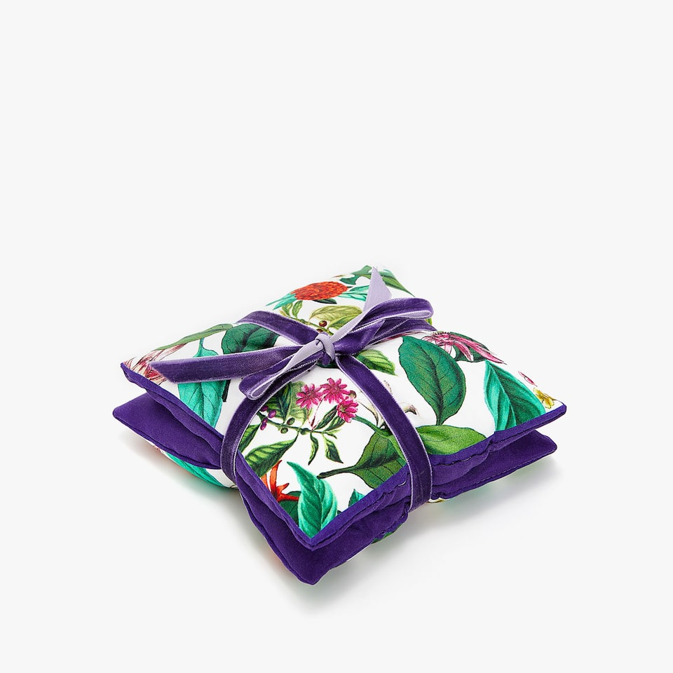 FLORAL PRINT SCENTED SACHET (SET OF 2)