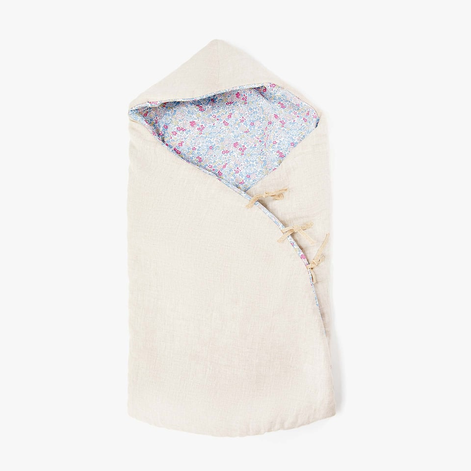 FLORAL PRINT SLEEPING BAG