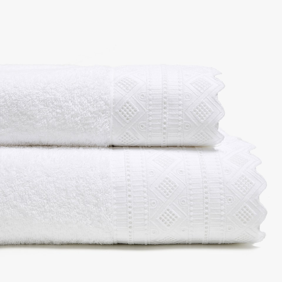 COTTON TOWEL WITH EMBROIDERED BORDER